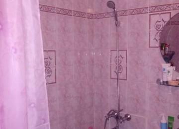 Какой классный ремонт мы сделали — сиренево-розовая ванна